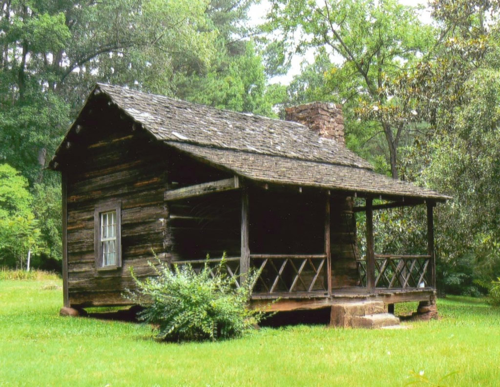 McLendon-Cabin-front-view-1024x793