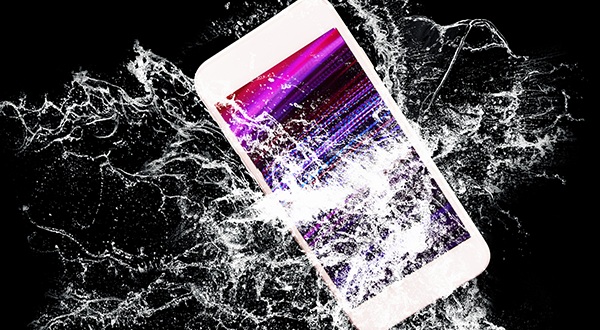 Apple spends big bucks on making your iPhone screen hard to break